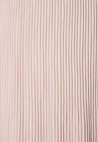 ONLY - ONLMARIN PLISSE - Shorts - adobe rose - 5