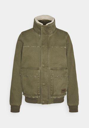 BRAXTON - Lehká bunda - vintage military green