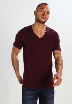 BASE V T S/S SLIM FIT 2 PACK - T-shirt basique - maroon