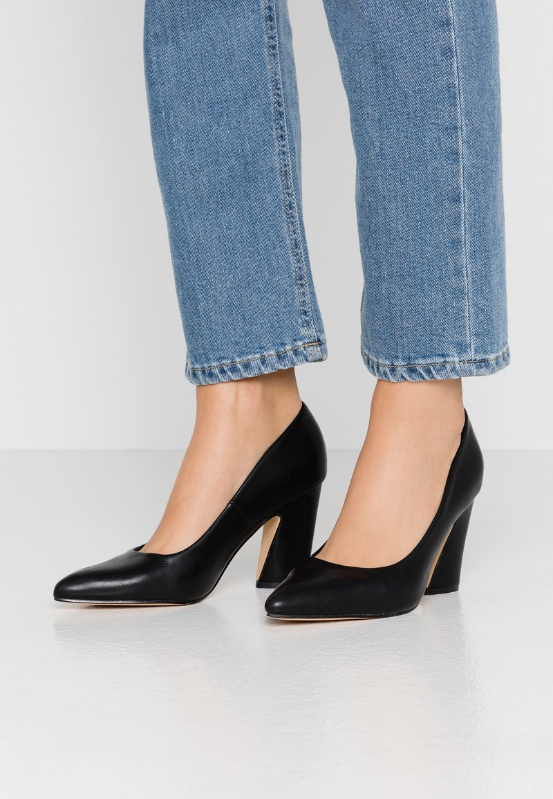 co wren - High heels - black