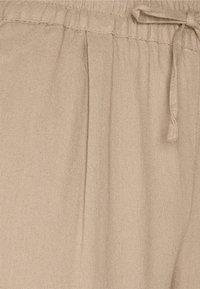 Vero Moda - VMASTIMILO ANKLE PANTS - Trousers - beige - 2