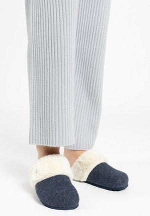 MAIK - Slippers - navy blue