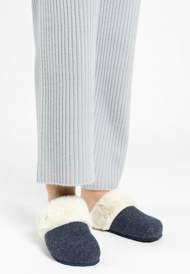 MAIK - Slippers - navy blue