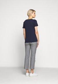 J.CREW - VINTAGE CREWNECK TEE - Basic T-shirt - navy - 2