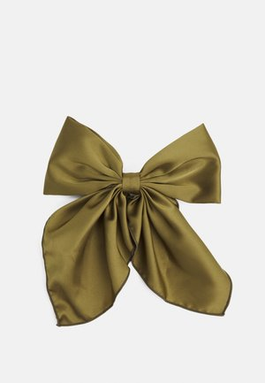 Hair styling accessory - olive