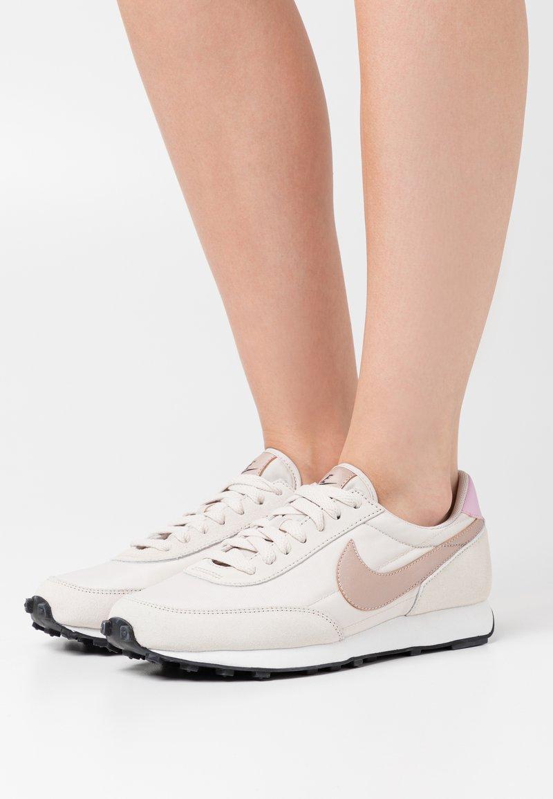 Nike Sportswear - DAYBREAK - Trainers - light orewood brown/metallic red bronze/black/light arctic pink/summit white