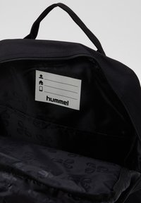 Hummel - HMLJAZZ BIG BACK PACK - Tagesrucksack - black - 2