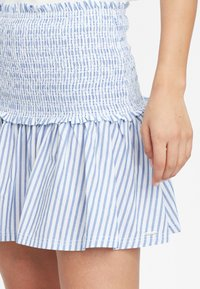 O'Neill - Pleated skirt - blue with white - 3