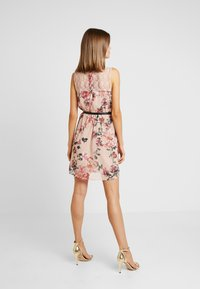 Vero Moda - VMSUNILLA SHORT DRESS - Day dress - sunilla - 2
