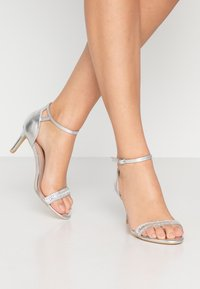 Dorothy Perkins - SWEETIE SPARKLE JEWELLED  - Sandalen - silver - 0