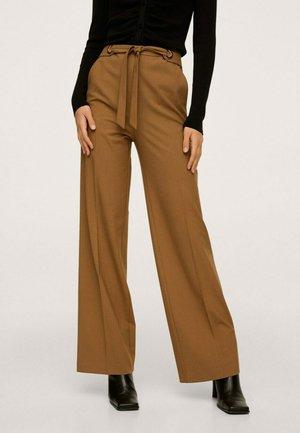 Pantalon classique - marron moyen
