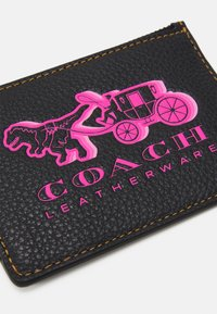 Coach - EXCL REXY AND CARRIAGE MINI ID - Wallet - black - 3