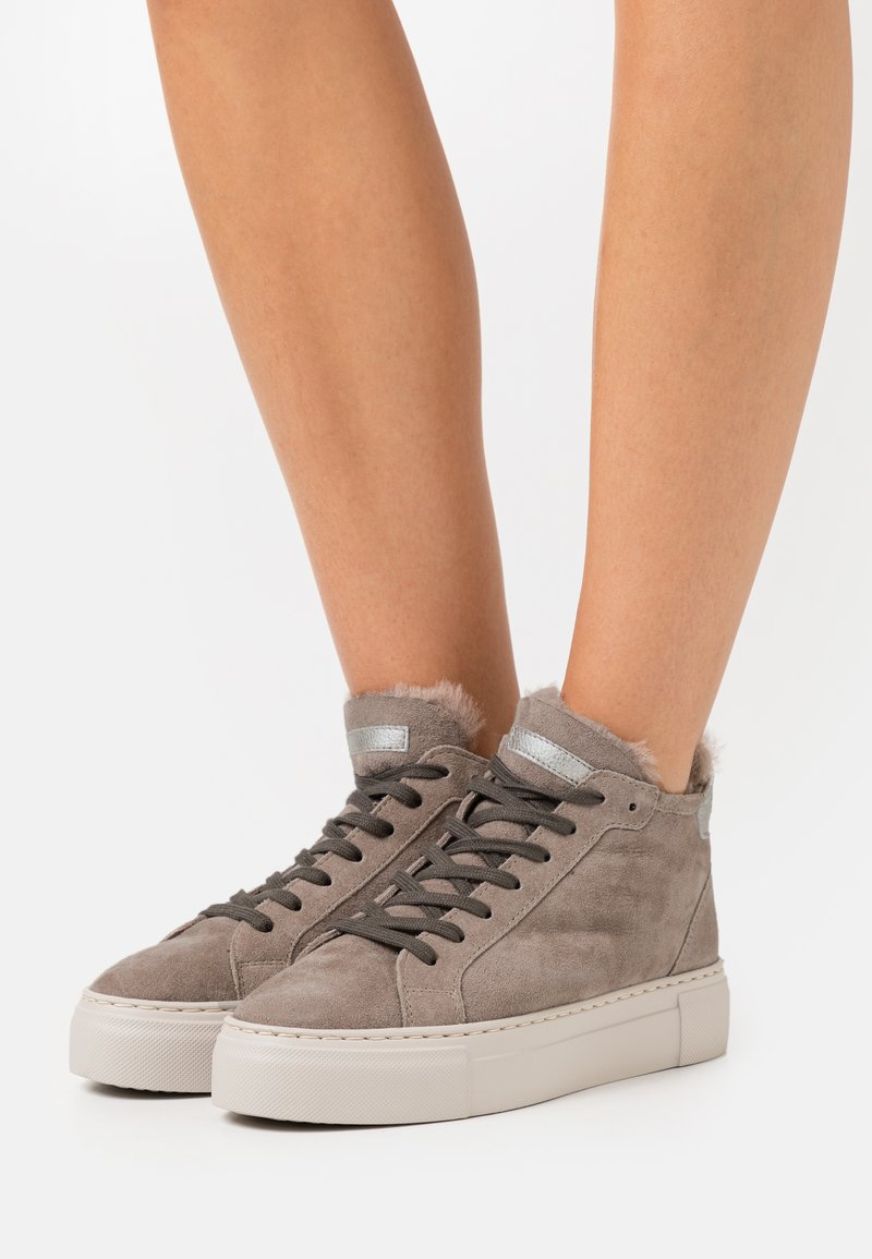 MAHONY - BERN - High-top trainers - taupe