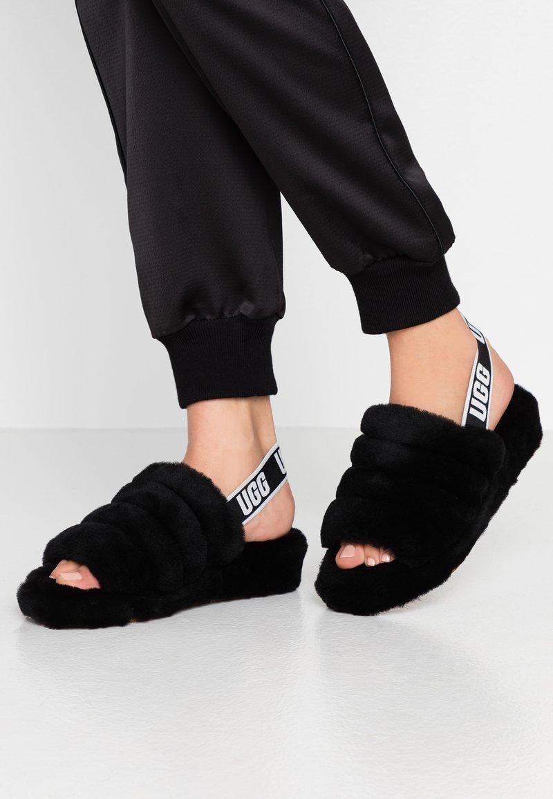 UGG - FLUFF YEAH SLIDE - Platform sandals - black