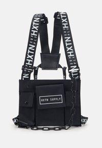 HXTN Supply - DELTA PRIME BODY BAG UNISEX - Olkalaukku - black - 1