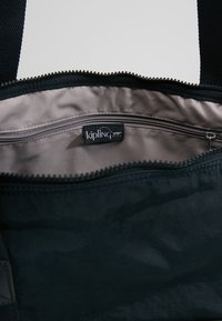 Kipling - ART M - Shopping Bag - true navy - 6