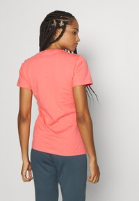 adidas Performance - BOS TEE - T-shirts med print - orange/white - 2