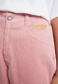Homeboy - BAGGY - Trousers - rose - 4