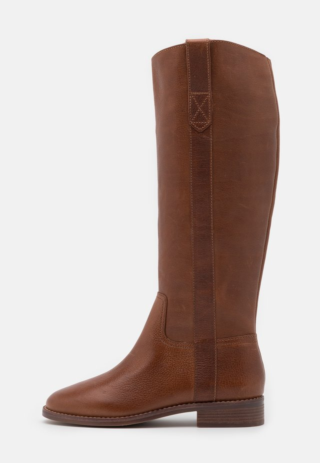 WINSLOW KNEE HIGH BOOT - Kozaki - english saddle