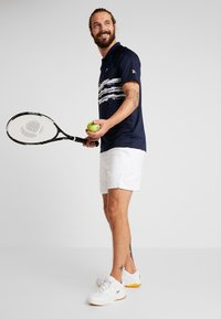 Lacoste Sport - TENNIS POLO DJOKOVIC - Polo shirt - navy blue/white - 1