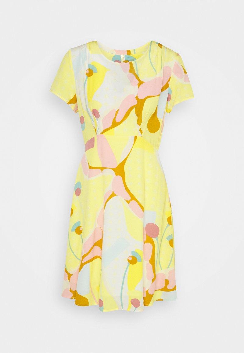 Nümph - NUANOMA DRESS - Day dress - snapdragon