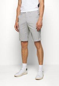 Casual Friday - SHORTS CFPERSEY STRIPE - Shorts - ecru - 0