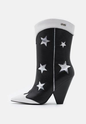 GUENDA - High Heel Stiefel - black