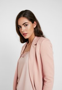 Vero Moda - VMJANEY LONG - Cappotto corto - misty rose - 3