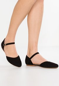 Pier One Wide Fit - Ankle strap ballet pumps - black - 0