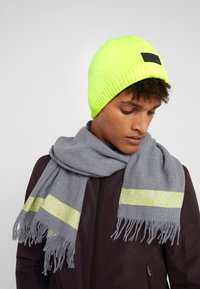 Bogner - FREDDY - Czapka - neon yellow - 1