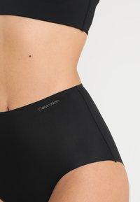 Calvin Klein Underwear - HIGH WAIST HIPSTER - Figi - black - 4