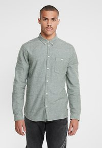 Suit - PERRY - Camicia - forrest green - 0