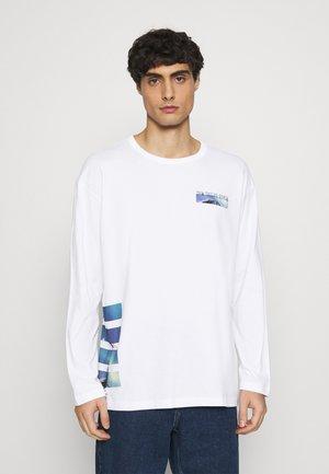 WITH FOTOPRINT - Långärmad tröja - white