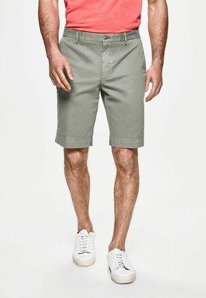 SANDERSON - Shorts - sage