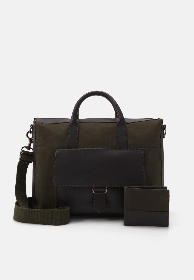 Pier One - SET - Briefcase - khaki