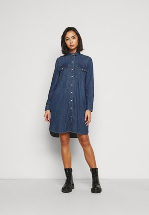 WESTERN OGDEN - Denim dress - medium indigo