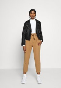 River Island Petite - Faux leather jacket - black - 1