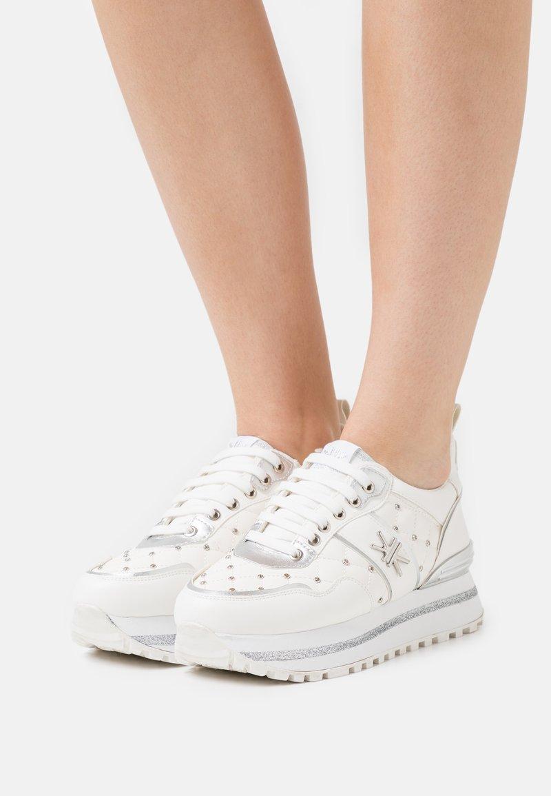KHARISMA - Trainers - soft bianco/argento