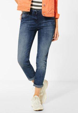MITTELBLAUE SLIM FIT DENIM - Slim fit jeans - blau