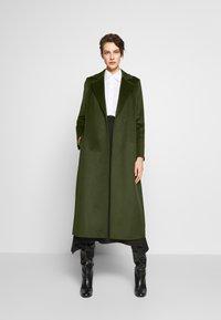 MAX&Co. - LONGRUN - Zimní kabát - khaki green - 1