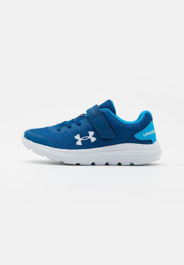 SURGE 2 UNISEX - Chaussures de running neutres - graphite blue