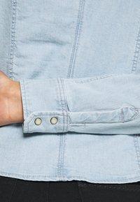 G-Star - SLIM SHIRT - Skjorte - light-blue denim - 3