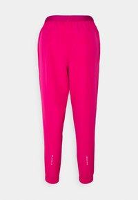 Nike Performance - RUN PANT - Pantalon de survêtement - fireberry/arctic punch/black - 6