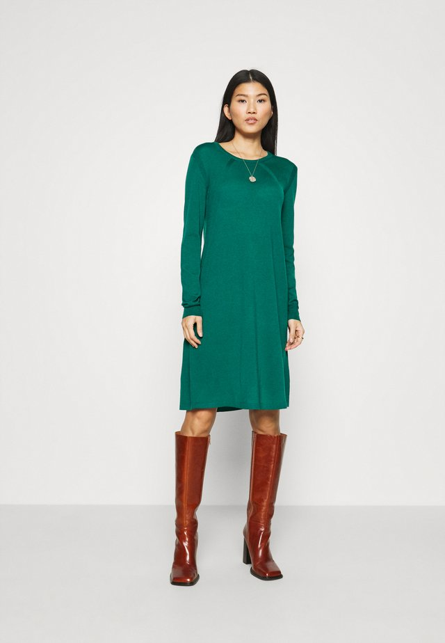 ESSENTIAL  - Jumper dress - mallard green