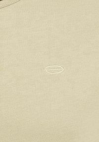 Key Largo - SUGAR  - Basic T-shirt - bleached sand - 2