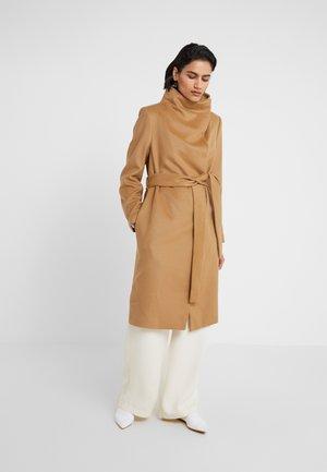 SYRIGA - Classic coat - camel