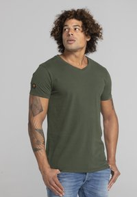 Liger - LIMITED TO 360 PIECES - Basic T-shirt - military green - 3
