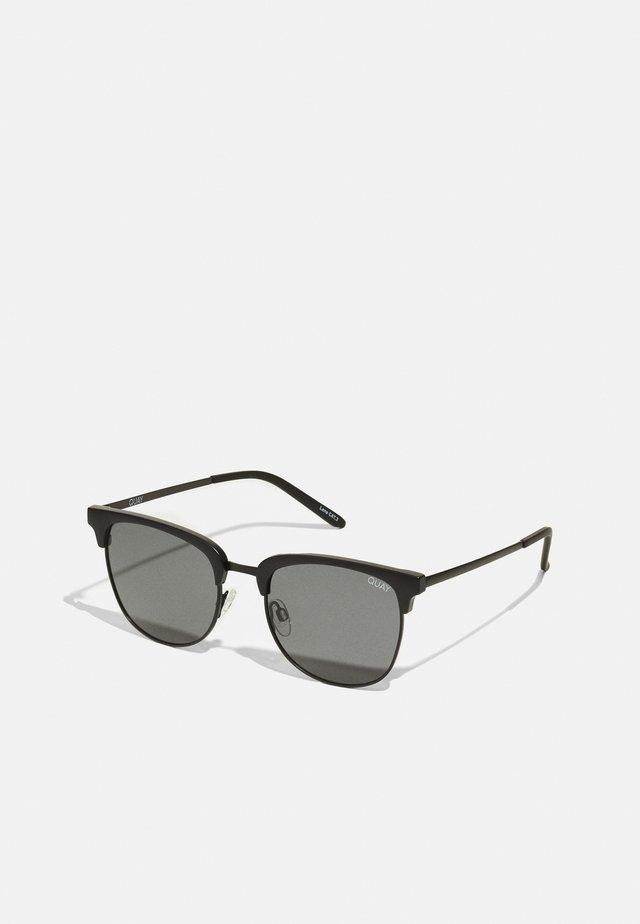 EVASIVE - Sunglasses - matte black