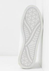 GANT - AVONA - Sneakersy niskie - bright white - 6