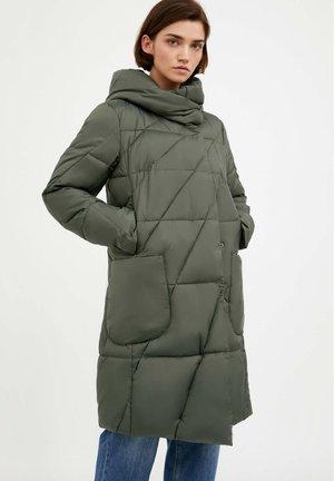 Winter coat - dark green